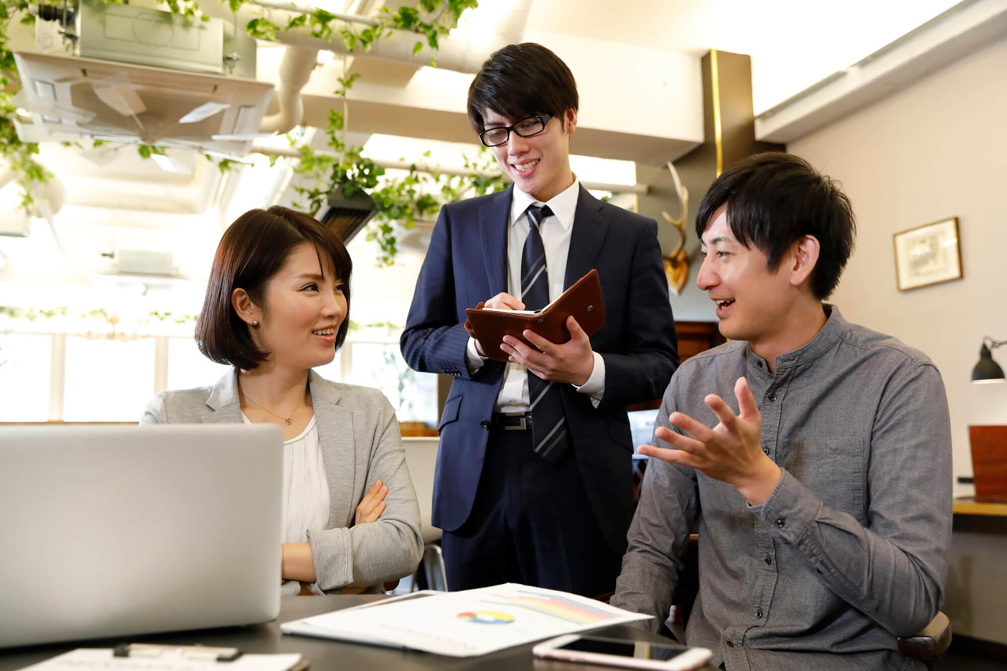 大阪で使いやすいレンタルシェアオフィス7選【設備と料金も紹介】