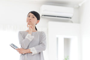 エアコンと女性