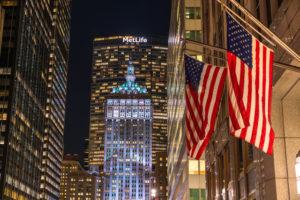 《ニューヨーク》マンハッタンの夜景・ミッドタウンのオフィス街