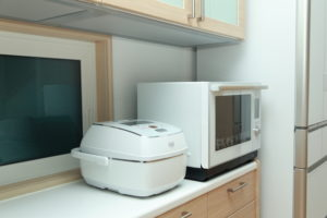 炊飯器、電子レンジ